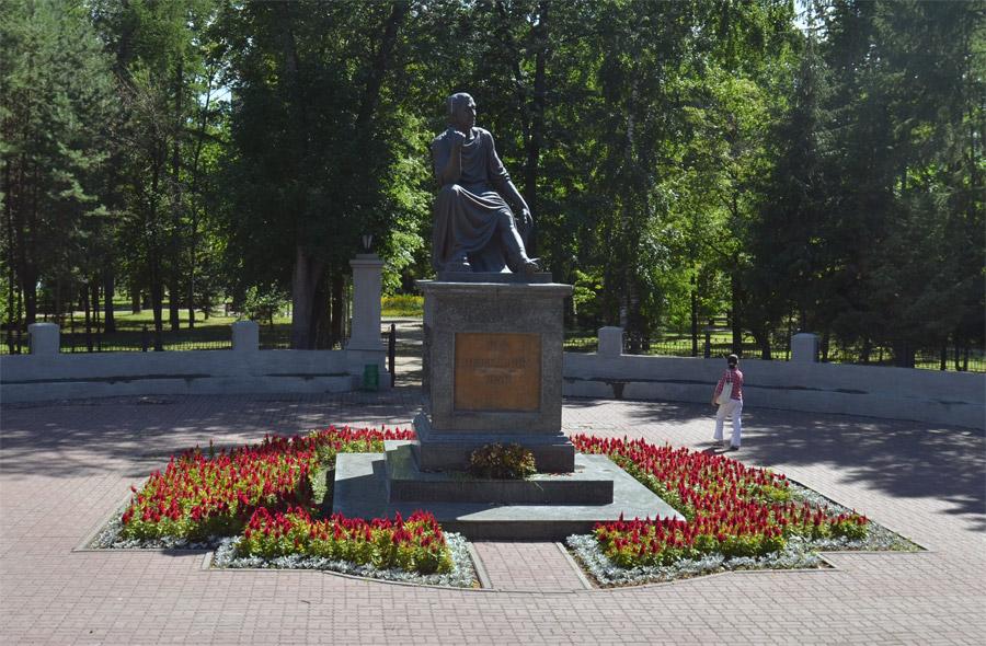 Лето 2013. По Казани на двухэтажном автобусе.